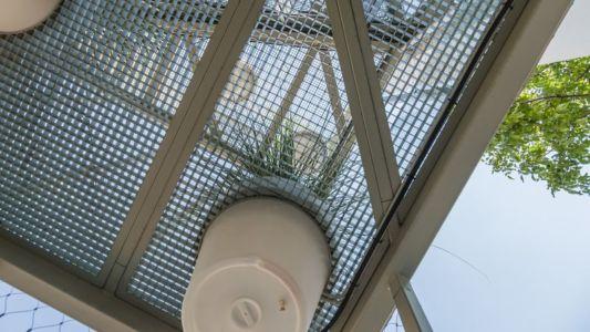 système filtrage lumière naturelle - Urban-Eco-House par Tecon Architects - Bucuresti Roumanie