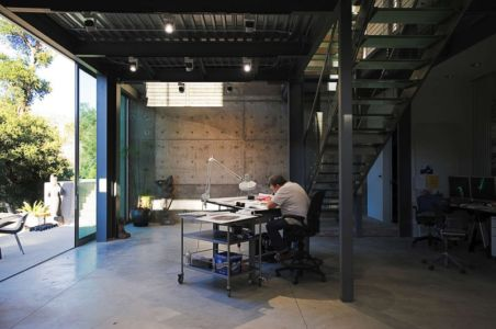 table dessin - Anthrazit House par Architects Magnus - Santa Barbara, Usa