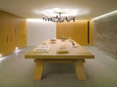 table pièce de loisirs - luxury residence par Ezequiel Farca - Marina de Puerto Vallarta, Mexique