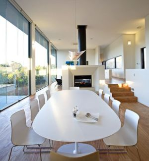 table séjour - House 14 par Dane Richardson Design - Eagle Bay, Australie