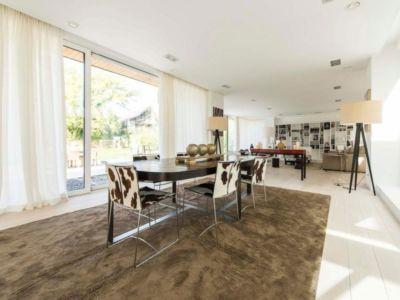 table séjour séjour - magnifique propriété à vendre à Uccle en Belgique