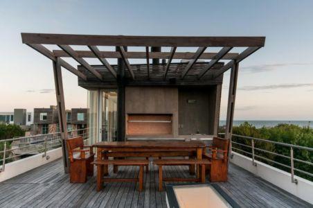terasse panoramique - Wanka House par Estudio Arquitectura Galera - Cariló, Argentine