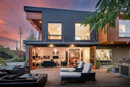terrasse - Double High House par Checkwitch Poiron Architects - Nanaimo, Canada - Concept Photography