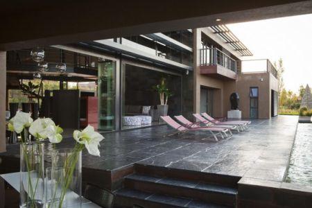 terrasse - House Tsi par Nico van der Meulen Architects - Afrique du Sud