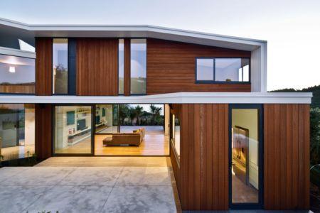 terrasse - Korokoro House par Parsonson Architects - Korokoro, Nouvelle Zélande