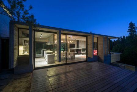terrasse illuminée - Wein House par Besonias Almeida Arquitectos - Pinamar, Argentine