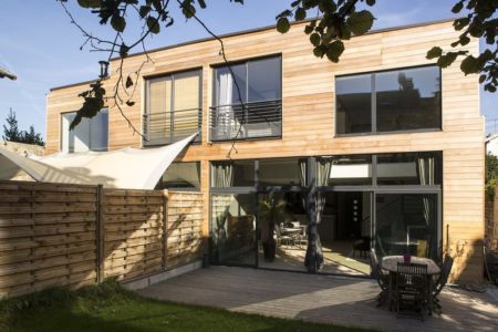 terrasse - Maisons jumelées par MAG architectes - France - photo Stéphano Candito