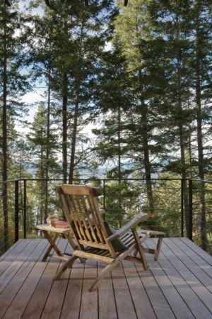terrasse bois balcon - Cabin-Flathead-Lake par Anderson Wise Architects - Montana, USA
