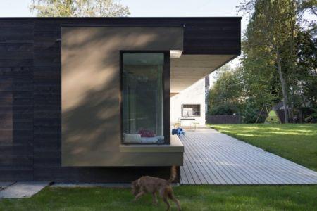 terrasse côté - War house par A+B architectes - Montmorency, France