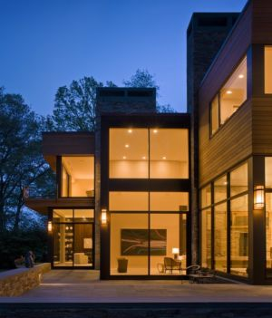 terrasse de nuit - Secluded contemporary home par Point One Architects - Essex, Usa