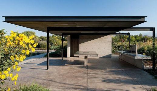 terrasse et barbecue - Kübler House par 57STUDIO - Stgo, Chili