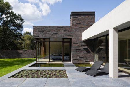 terrasse et jardin - 102 Heesch par Hilberink Bosch Architecten - Bosvilla, Pays-Bas
