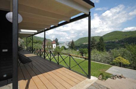 terrasse et panorama - House Vaňov par 3-1architekti - Vaňov, République Tchèque