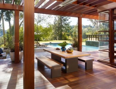 terrasse et piscine - Mandeville Canyon Residence par Rockefeller Partners Architects - Los Angeles, Usa - photo Eric Staudenmaier