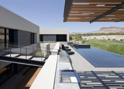 terrasse et piscine - Tresarca House par assemblageSTUDIO - Las Vegas, Nevada, Usa