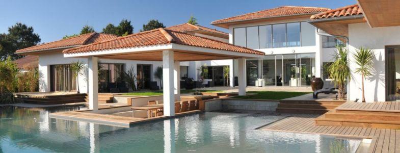 terrasse et piscine - Villa Hermitage - Arbonne, France