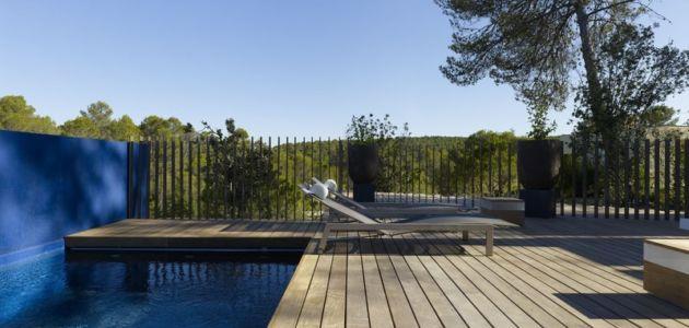 terrasse et piscine - Villa T  par Boyer Percheron Assus architecture - Saint-Gély-du-Fesc, France