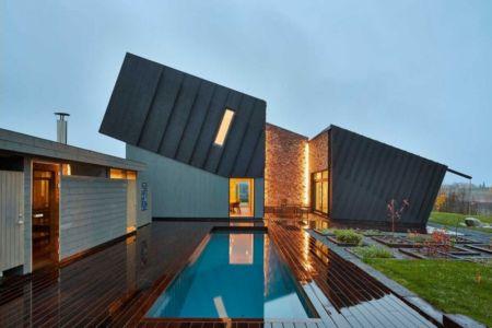 terrasse et piscine - ZEB Pilot House par Snøhetta - Larvik, Norvège