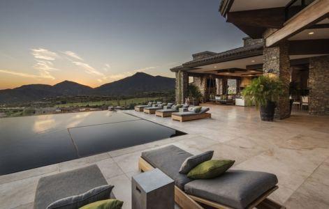 terrasse et vue sur montagnes - villa du desert par Tor Barstad -Scottsdale, Usa