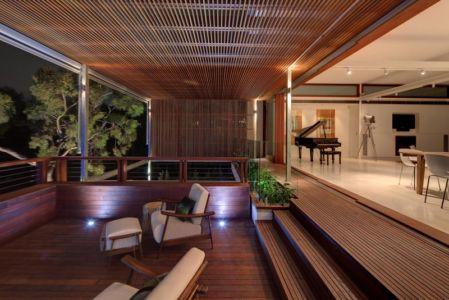terrasse intérieure extérieure - Tennyson Point Residence par CplusC - Sydney, Australie - Photo Murray Fredericks
