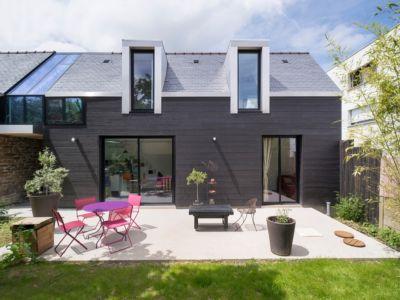 terrasse - maison entre deux par Clément Bacle - Rennes, France - photo Martin Argyroglo