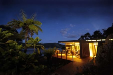 terrasse nuit - Porotu Bach par studio MWA - Miritu Bay, New Zealand