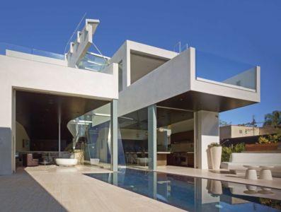 terrasse piscine - Birch Residence par Griffin Enright Architects - Los Angeles, Usa