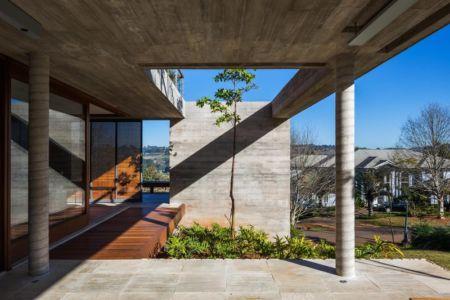 terrasse rdc - Ft house par Reinach Mendon Arquitetos - Bragança Paulista, Brésil