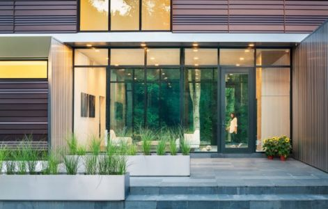 terrasse salon - Bridge House par Höweler + Yoon Architecture - McLean, Usa