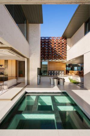terrasse salon design & piscine - saota-le-cap par SAOTA - Cap, Afrique du Sud