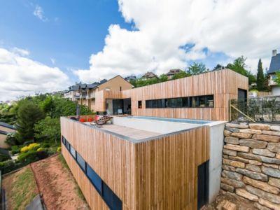 terrasse toit - maison bois par Hugues Tournier - Cardaillac, France