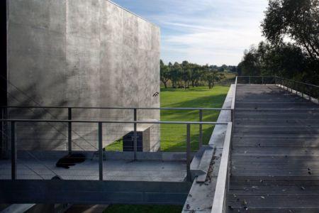 toit terrasse piscine - safe-house par Robert Konieczny – KWK Promes - Varsovie, Pologne