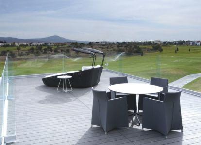 toit terrasse salon design - Campanario-2 par Axel Duhart Arquitectos - Santiago-Querétaro, Mexique