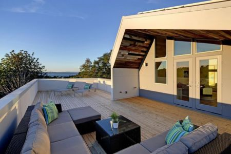 terrasse toiture - Unique Reclaimed Modern par Dwell Development LLC - Seattle, Usa