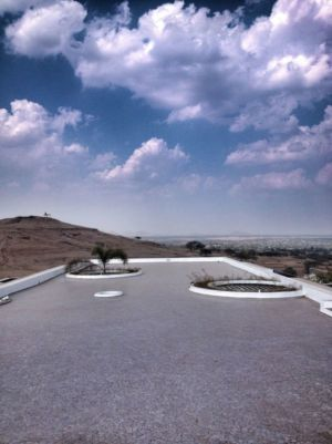 toiture terrasse - Deolali House par Spam Design Architects - Deolali, Inde