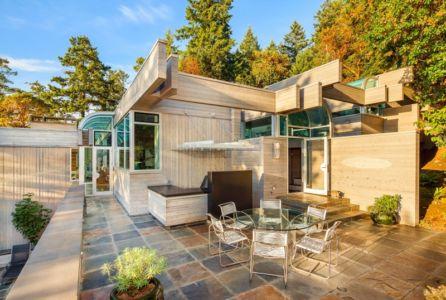 terrasse - villa contemporaine en bois par Daniel Evan White - Saanich, Canada
