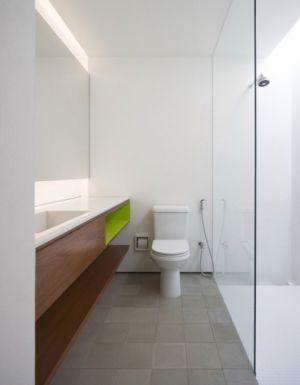 toilette et lavabo - Redux House par Studio mk27 - Brésil