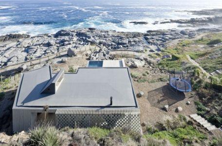 toiture terrasse - Rambla House par LAND Arquitectos - Zapallar, Chili
