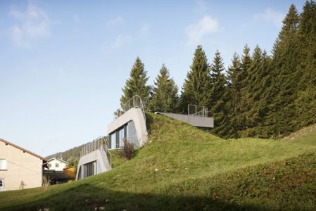 toiture terrasse verte - House-Hillside par JDS Architects - France