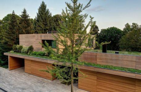 toiture végétalisée - Wood-House par Marco Carini - Como, Italie
