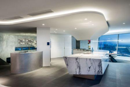 vaste cuisine - uneTrigg-Residence par Hiliam Architects - Trigg WA, Australie
