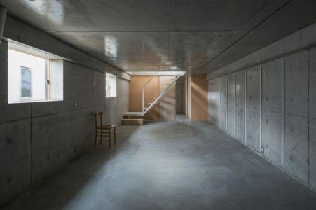 vaste sous-sol - House-Toyonaka par Tato Architects - Toyonaka, Japon