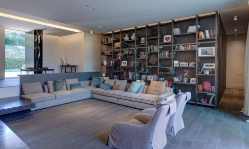 vaste salon & bibliotheque - Wood-House par Marco Carini - Como, Italie