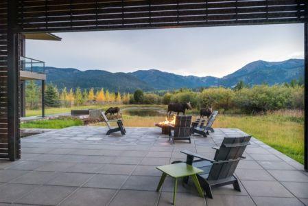 veranda & vue panoramique paysage - Maison Contemporaine Bois par Carney Logan Burke Architects - Wilson, Usa