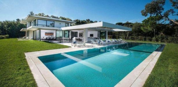 villa à St-Tropez - + d'infos