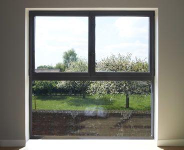 vitrage chauffant - Maison ossature bois par Qbis architecture à Tourmignies (FR-59)
