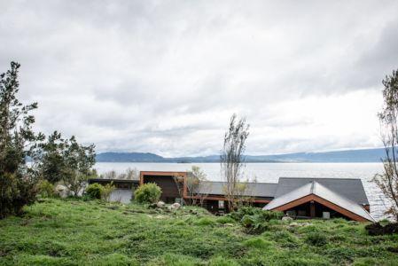 vue arrière - ED House par Eduardo Guzmán Rivera + Juan Carlos Muñoz Del Sante - Chili