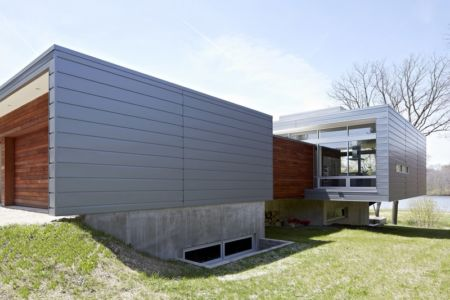 vue côté - Riverview House Studio Dwell Architects - Wayne, Usa