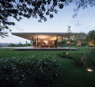 vue côté terrasse de nuit - Redux House par Studio mk27 - Brésil