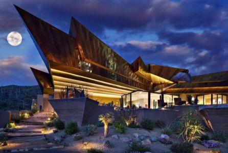 vue charpente originale en bois - desert-residence par Shelby Wilson - Arizona, USA